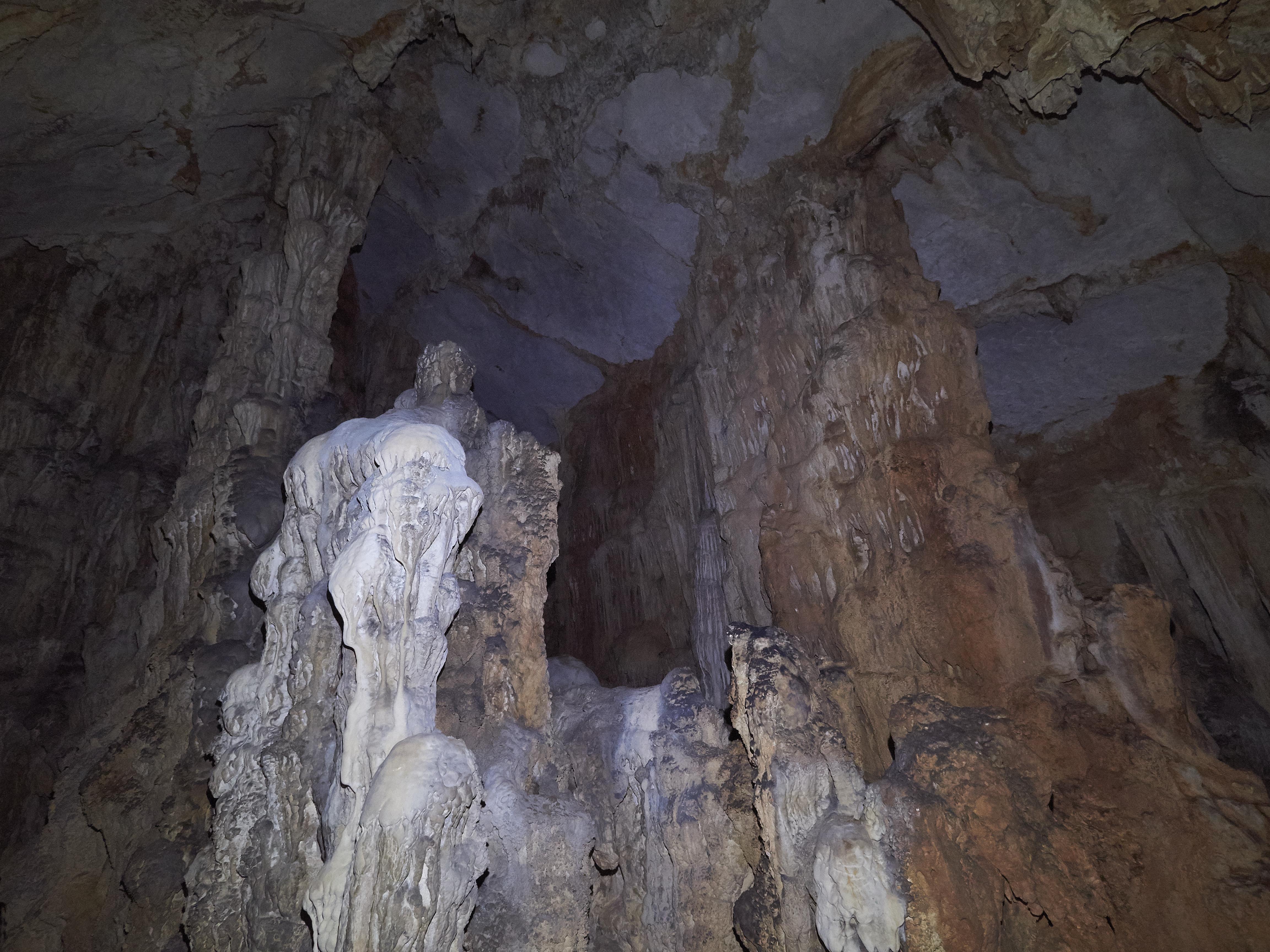 Rača Cave Lastovo
