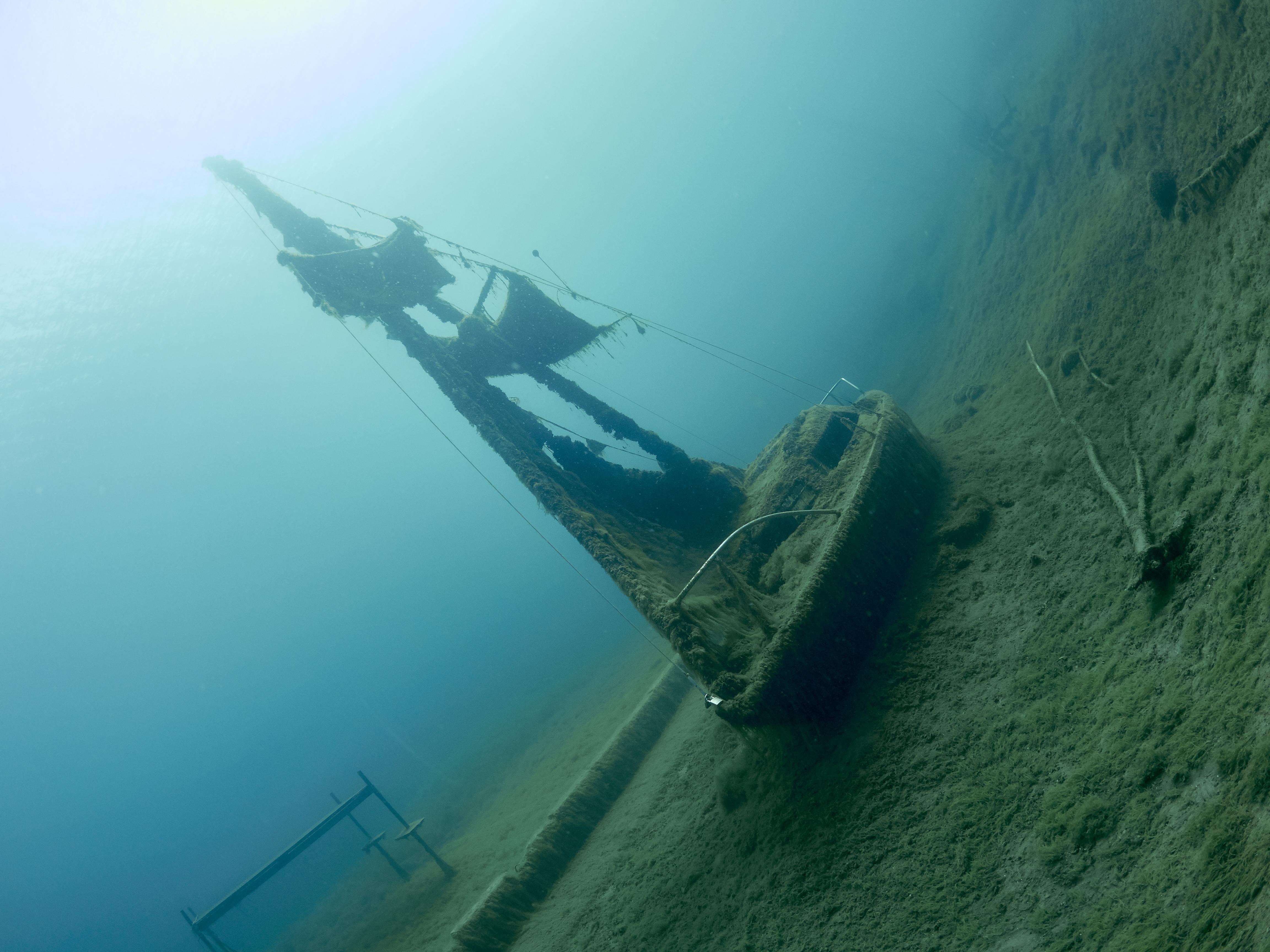 Hemmoor Kreidesse Segelboat 12m no05