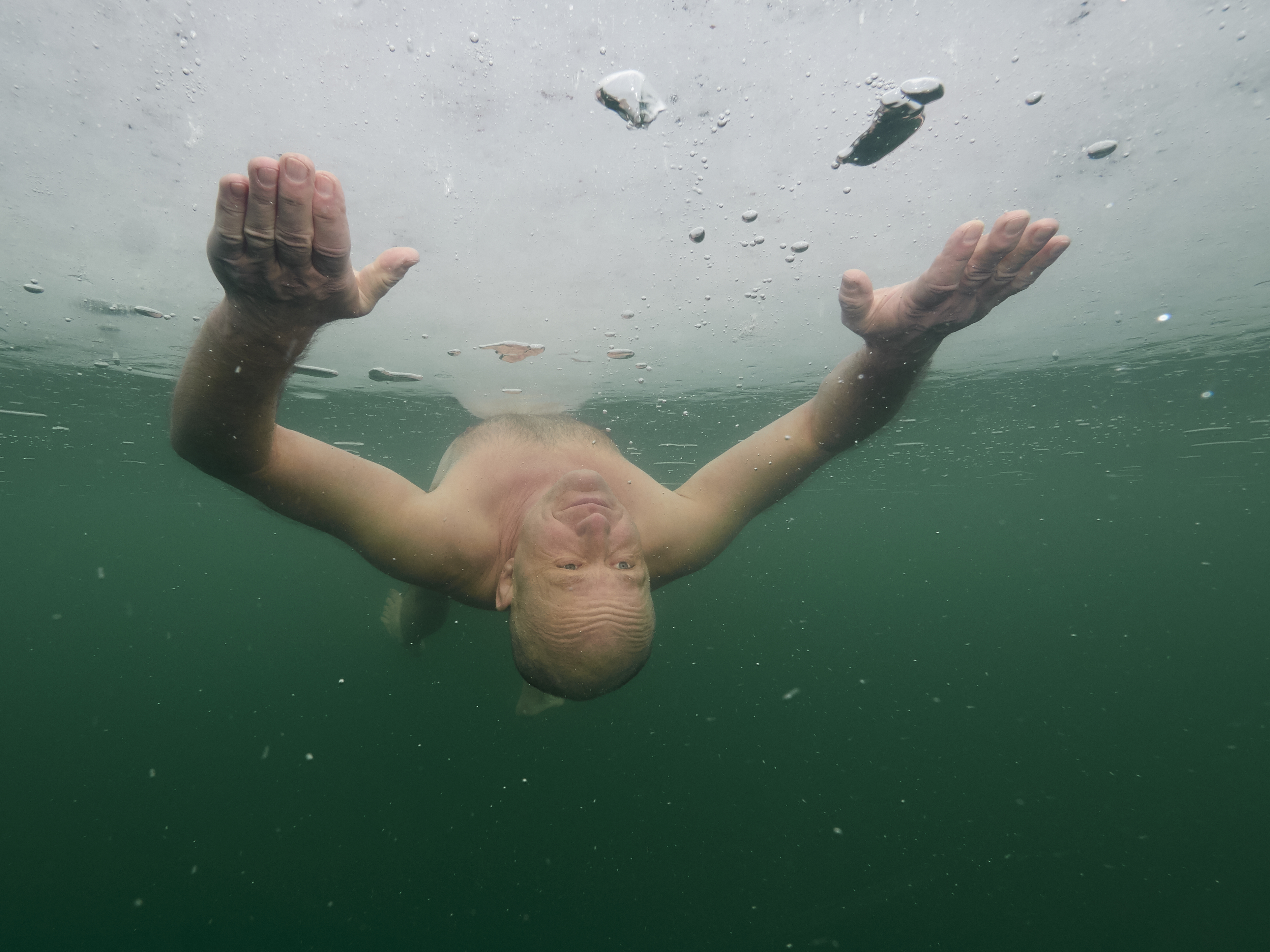 Ice Freediving Barbora Czech