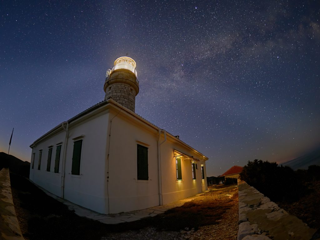 Lighthouse Struga Lastovo night milky way mléčná dráha croatia